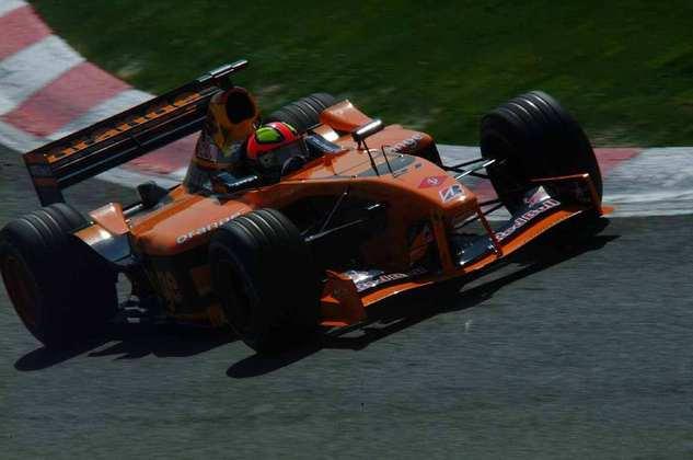 Enrique Bernoldi correu dois anos na Arrows. A equipe, no entanto, faliu e o brasileiro encerrou sua breve passagem na F-1