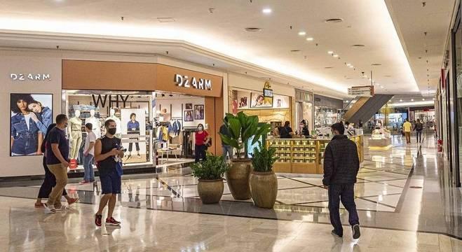 Centros de compras estão autorizados a funcionar das 16 às 20 horas