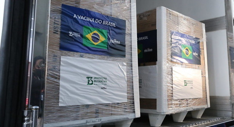 Butantan entrega mais 2 milhões de doses da CoronaVac ao Ministério da Saúde