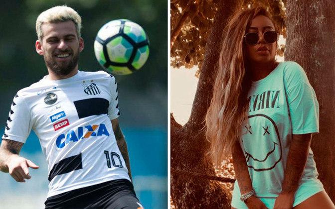 Entretanto, em maio de 2016, Rafaella foi flagrada aos beijos com o meia Lucas Lima, companheiro de equipe de Gabigol no Santos, mostrando que o relacionamento havia chegado ao fim.