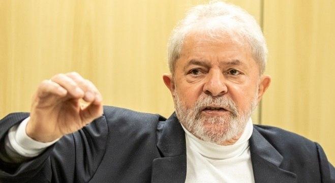 Lula tem afirmado que só sai da cadeia se for considerado inocente