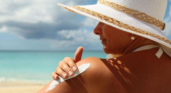Envelhecimento precoce, como evitar? Principais causas e prevenção