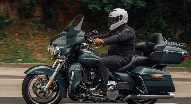 Equilibrada e torcuda, a HD ganhou mais tecnologia / Guilherme Veloso/Harley-Davidson do Brasil
