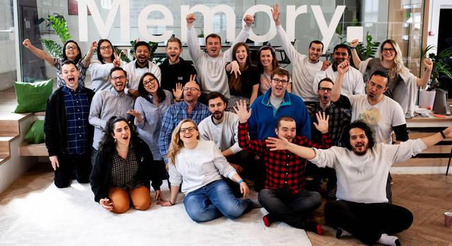 A empresa de Mathias, Memory, agora emprega 45 pessoas