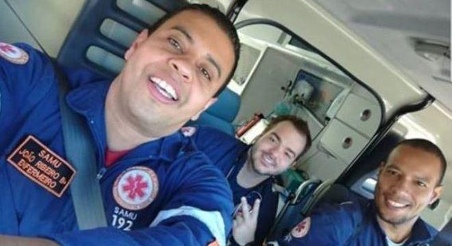 Equipe do Samu de Taubaté demitida por transportar cachorro em ambulância