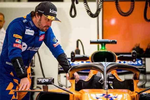 Era apenas contar os minutos para encerrar a segunda passagem pela McLaren