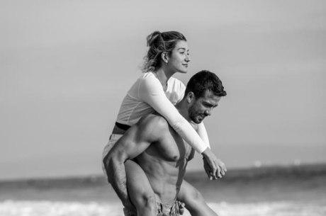 Erasmo pulicou foto romântica com Pugliesi
