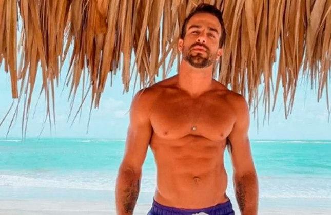 Erasmo Viana (influenciador digital e empresário / 36 anos): Ex-marido de Gabriela Pugliesi, ele não compartilha conteúdos futebolísticos nas redes sociais. Erasmo prefere exibir sua vida fitness no Instagram.
