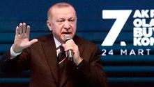 Jornalistas do Charlie Hebdo são indiciados por 'ofensa' a Erdogan