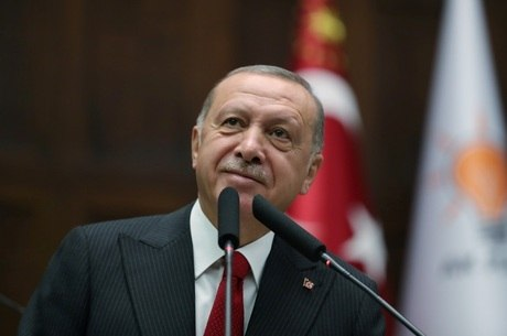 Erdogan anunciou que enviará tropas para a Líbia