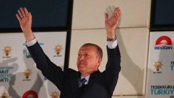 Comissão eleitoral declara Erdogan vencedor da eleição na Turquia (Reprodução)