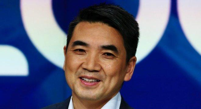 Eric Yuan entrou na lista de bilionários da Forbes, com uma fortuna estimada em US$ 7,8 bilhões