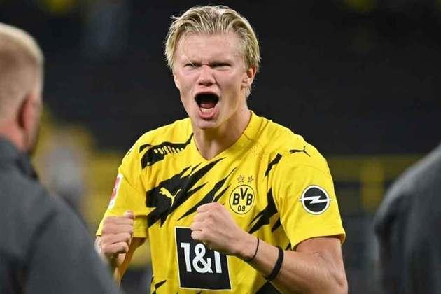 Erling Haaland foi o principal jogador do Borussia Dortmund na temporada 2020/2021, mesmo conquistando apenas a Copa da Alemanha. Na decisão, o norueguês marcou dois gols e teve destaque apenas no clube, pois ficou de fora da Eurocopa com o seu país