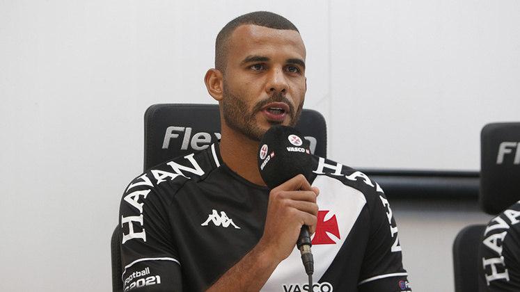 Ernando: Em quatro jogos pelo Vasco no Campeonato Carioca, o zagueiro tem 98,2% de aproveitamento nos passes tentados e dois desarmes.