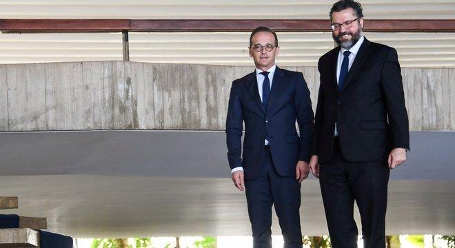 Durante encontro de Ernesto Araújo com o ministro de Relações Exteriores da Alemanha, Heiko Maas, imprensa alemã fez várias perguntas sobre o compromisso do Brasil no combate às mudanças climáticas