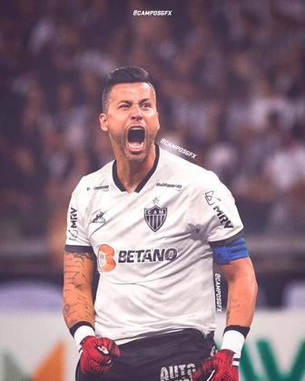 Erro na magia?! Fábio, ídolo do Cruzeiro, vestindo a camisa do Atlético Mineiro.