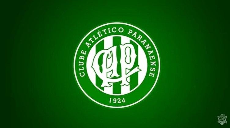 Erro no feitiço do Doutor Estranho? O escudo antigo do Athletico Paranaense com as cores do Coritiba.