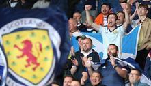 Cerca de 2 mil escoceses pegaram covid após jogos da Eurocopa