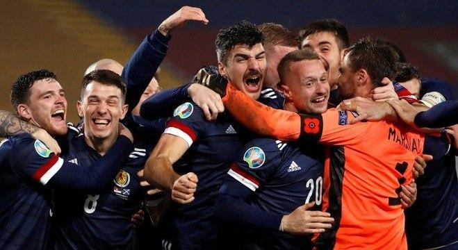 A euforia da Escócia e do arqueiro Marshall