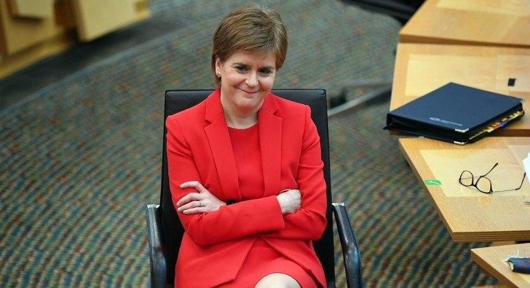 Nicola Sturgeon pretende realizar referendo da independência escocesa este ano