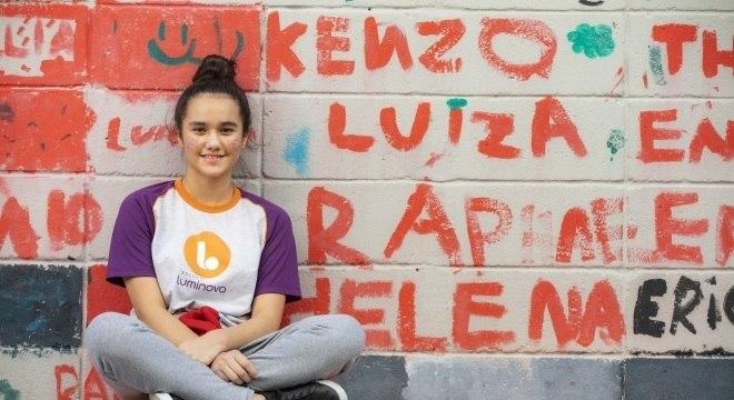 Bianca quer aproveitar as aulas diárias de inglês para aprender o que não viu em sua escola anterior