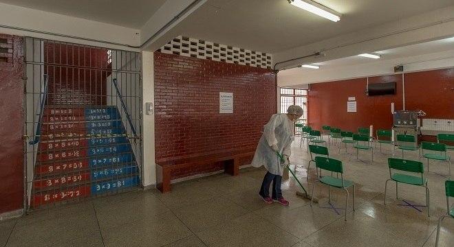 Escola em Paraisópolis transformada em unidade de isolamento para covid-19