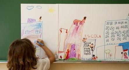 Decisão da Escócia permite que crianças mudem de gênero na escola sem o consentimento dos pais