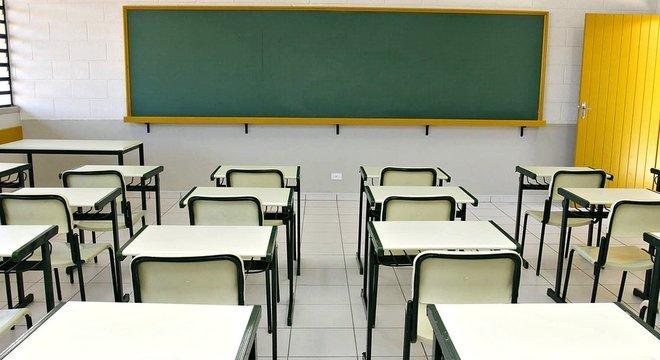 Ausência do Fundeb provocaria caos na educação básica, dizem especialistas, porque não haveria garantia de dinheiro para pagar salários ou manutenção da rede escolar