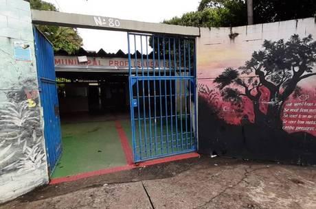 Escolas continuam fechadas em BH