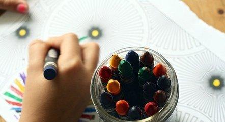 Apenas alunos de até 5 anos retornam às escolas