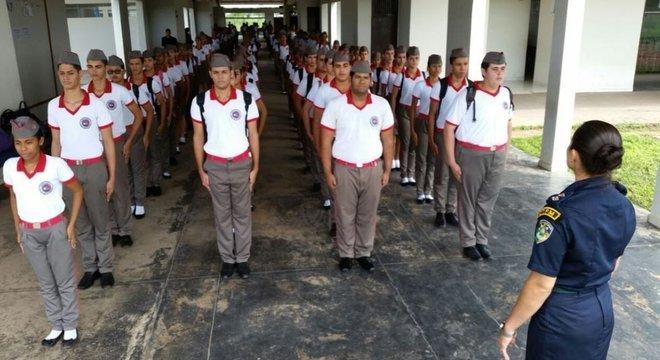 Uma escola militar em Roraima: Bolsonaro disse que pretende expandir este modelo por meio de convênios