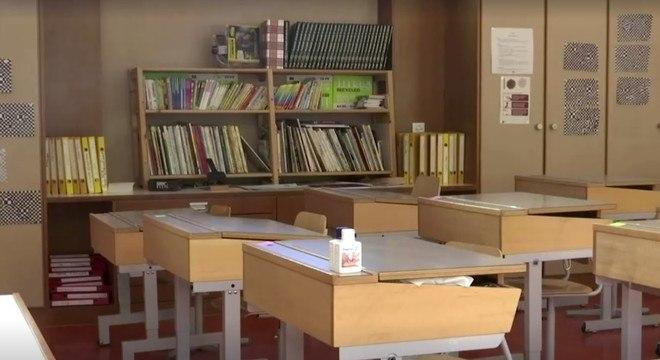 Escolas suíças fechadas durante pandemia de covid-19