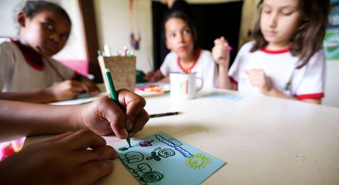 Pesquisa aponta abandono escolar como grave problema no Brasil
