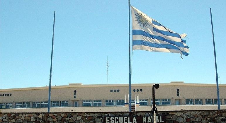 Escolas uruguaias retomarão aulas presenciais em junho