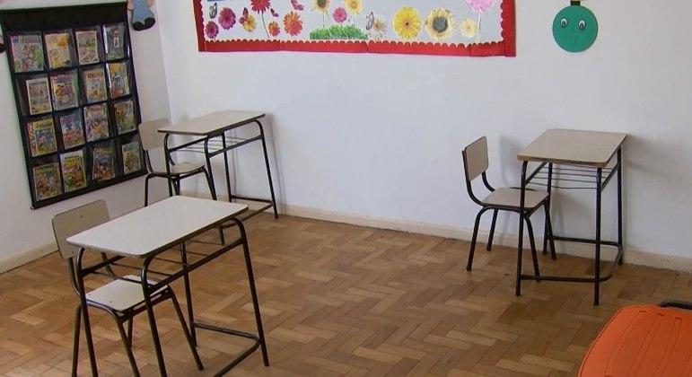 Professores estarão com 74% de proteção contra a covid-19 na data, diz prefeitura