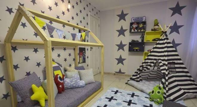 Escolha cores lindas para decorar o quarto com cama casinha
