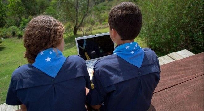 Escoteiros podem utilizar plataforma online com atividades educativas