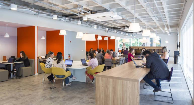 Escritório da Regus em São Paulo; empresa expande para o interior e para o litoral