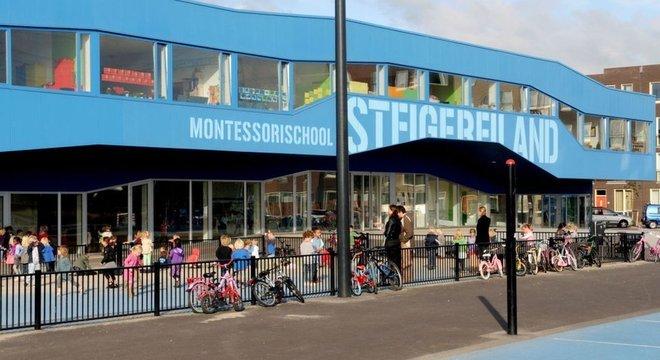 """""""A crítica não tem base, é apenas porque somos diferentes"""", diz Scott Akridge, proprietário da Riverstone Montessori Academy, na Geórgia, EUA"""