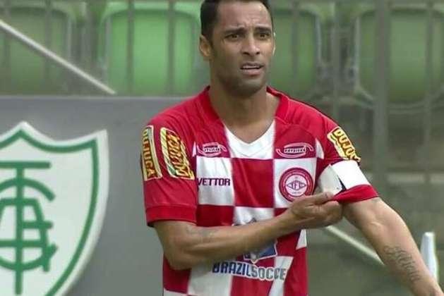 ESFRIOU: Especulado no Cruzeiro, o meia Ibson, da Tombense, afirmou que não recebeu nenhuma procura da Raposa para sua contratação.