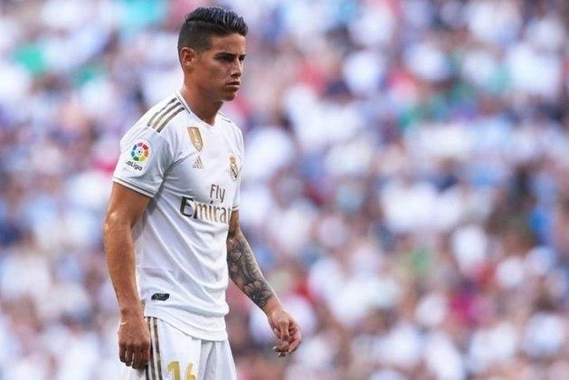 """ESFRIOU - James Rodríguez confessou que queria ter saído do Real Madrid no final da última temporada, em entrevista ao programa """"Gol Caracol"""". No entanto, mesmo com ofertas em mãos, os merengues recusaram as ofertas. O Atlético de Madrid estava interessado no atleta."""