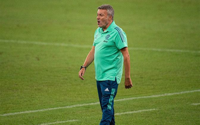 ESFRIOU - O diretor do Flamengo, Marcos Braz, afirmou que o técnico Domènec Torrent, tem paz e tranquilidade para trabalhar, mesmo com os resultados abaixo do esperado.
