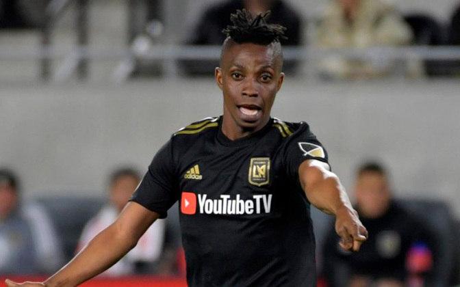 ESFRIOU - O Vasco também encerrou as negociações com o meia-atacante ganês Latif Blessing, do Los Angeles FC. O clube da MLS não aceitou liberar o atleta.