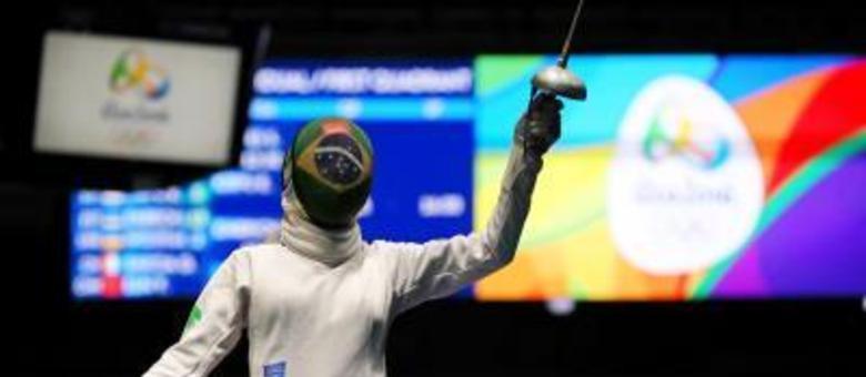 Nathalie Moellhausen, em ação pelo Brasil nas Olimpíadas de 2016