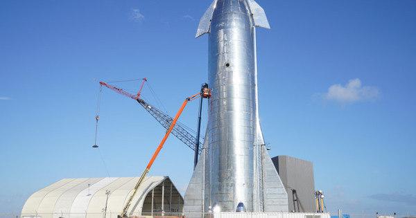 Nave espacial da SpaceX explode durante teste no Texas