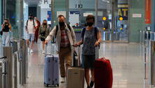 Bolsonaro sanciona lei que prorroga reembolso de passagem