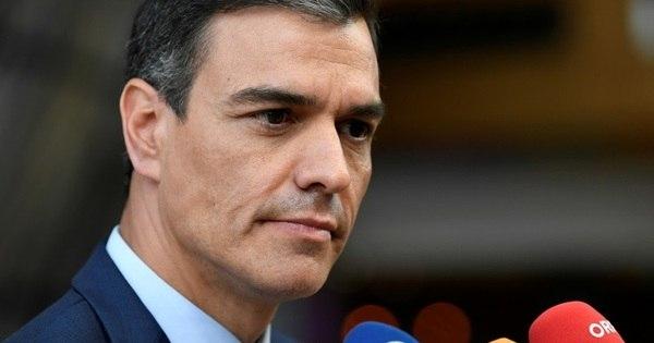 Abstenções deixam Sanchéz mais perto de cargo de premiê espanhol