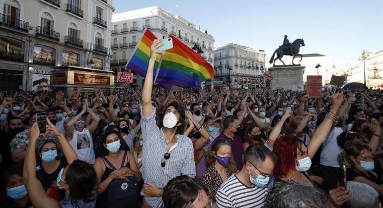 Protesto em Madri pediu punição a responsáveis pela morte de Samuel Luiz