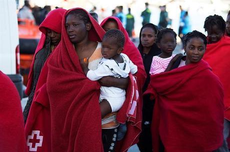 Espanha resgatou dezenas de imigrantes ilegais