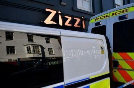 Restaurante e pub frequentado por ex-espião estão interditados